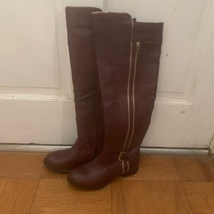 Shoes - Tall burgundy boots
